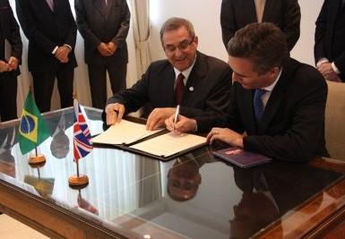 Fundo Newton abre primeira chamada pública para colaboração entre pesquisadores brasileiros e britânicos