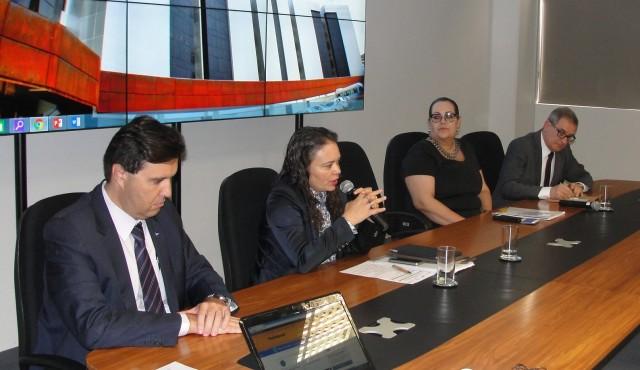 [cml_media_alt id='9005']Luiz Fauth, Francilene Garcia, Cristina Leftel e Sergio Gargioni (foto: Jéssica Trombini - CONFAP)[/cml_media_alt]